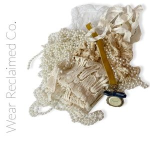 VINTAGE Bundle of Lace Scraps for Decor